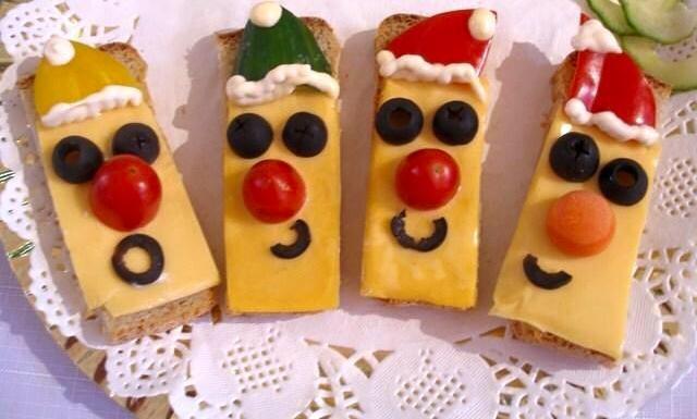 Cucina_creativa_piccante_decorazioni_natalizie_con_il_peperoncino